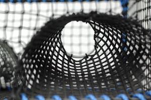 Kräftbur, kvadratisk, svart, plastingång